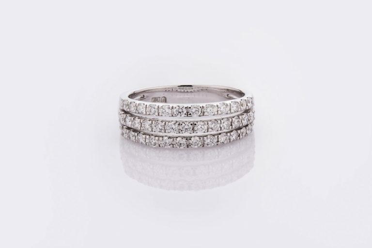 แหวน LAYC