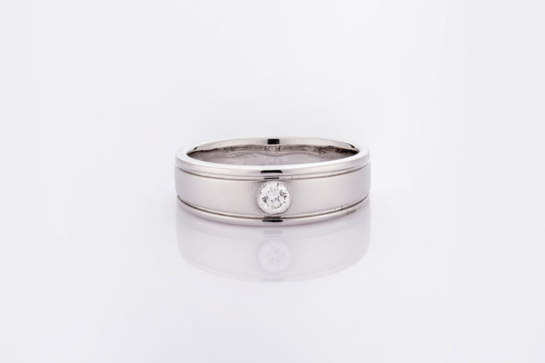 แหวน LGLG